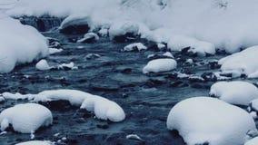 χειμώνας δινών ρευμάτων πτώσεων φιλμ μικρού μήκους