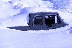χειμώνας ισχυρής χιονόπτω&s στοκ φωτογραφία με δικαίωμα ελεύθερης χρήσης