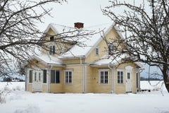 χειμώνας σπιτιών Στοκ εικόνα με δικαίωμα ελεύθερης χρήσης