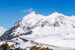 Χειμώνας στα μεγαλύτερα βουνά Καύκασου Στοκ φωτογραφίες με δικαίωμα ελεύθερης χρήσης
