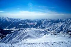 Χειμώνας στα μεγαλύτερα βουνά Καύκασου Στοκ εικόνα με δικαίωμα ελεύθερης χρήσης