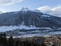 Χειμώνας στα μεγαλύτερα βουνά Καύκασου Στοκ Φωτογραφίες