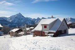Χειμώνας στα όρη στοκ εικόνα με δικαίωμα ελεύθερης χρήσης