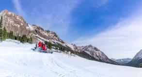 Χειμώνας στις αυστριακές αιχμές βουνών στοκ εικόνα