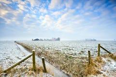 Χειμώνας στο ολλανδικό καλλιεργήσιμο έδαφος Στοκ εικόνες με δικαίωμα ελεύθερης χρήσης