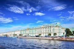 χειμώνας όψης της Πετρούπολης Άγιος παλατιών Στοκ Εικόνες