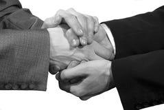 χειραψία τεσσάρων χεριών στοκ εικόνα με δικαίωμα ελεύθερης χρήσης
