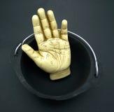χειρομαντία χεριών καζαν&iota Στοκ φωτογραφία με δικαίωμα ελεύθερης χρήσης