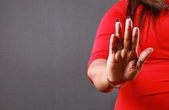 Χειρονομία χεριών που λέει το αριθ. στοκ εικόνα