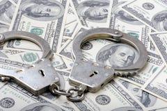 Χειροπέδες δολάρια Στοκ εικόνα με δικαίωμα ελεύθερης χρήσης