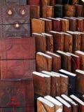 Χειροποίητα βιβλία και περιοδικά εγγράφου στοκ εικόνες