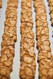 Χειροποίητα μικρά μπισκότα Πίνακας συμποσίου catering στοκ εικόνες με δικαίωμα ελεύθερης χρήσης