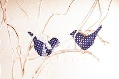 Χειροποίητες διακοσμήσεις πουλιών Στοκ Φωτογραφία