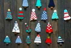 Χειροποίητη διακόσμηση, πλεκτό δέντρο πεύκων, Χριστούγεννα, Χριστούγεννα Στοκ εικόνα με δικαίωμα ελεύθερης χρήσης