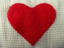 Χειροποίητη κόκκινη καρδιά Στοκ Εικόνες