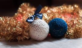 Χειροποίητη σφαίρα Χριστουγέννων Στοκ φωτογραφία με δικαίωμα ελεύθερης χρήσης