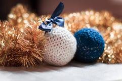 Χειροποίητη σφαίρα Χριστουγέννων Στοκ φωτογραφίες με δικαίωμα ελεύθερης χρήσης