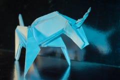 Χειροποίητος μπλε μονόκερος στο λαμπρό υπόβαθρο, εκλεκτική εστίαση Στοκ Φωτογραφίες