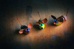 Χειροποίητος ξύλινος πίνακας βελανιδιών ποντικιών Στοκ Φωτογραφία