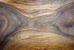 Χειροποίητο ξύλινο πιάτο Στοκ εικόνα με δικαίωμα ελεύθερης χρήσης