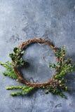 Χειροποίητο στεφάνι Χριστουγέννων Στοκ εικόνα με δικαίωμα ελεύθερης χρήσης