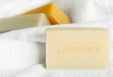 χειροποίητο lavender σαπούνι Στοκ φωτογραφία με δικαίωμα ελεύθερης χρήσης