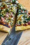 Χειροτεχνική πίτσα Στοκ Φωτογραφία
