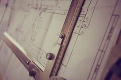 Χειρωνακτικός μηχανικός σχεδίων σχεδιαστών Στοκ Εικόνες