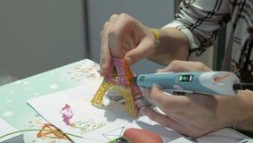 Χειρωνακτικός πλαστικός τρισδιάστατος εκτυπωτής απόθεμα βίντεο