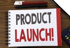 Χειρόγραφο κείμενο που παρουσιάζει έναρξη προϊόντων Επιχειρησιακή έννοια που γράφει για την έναρξη νέων προϊόντων που γράφεται σε Στοκ φωτογραφία με δικαίωμα ελεύθερης χρήσης