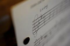 χειρόγραφο φύλλο μουσι&ka Στοκ φωτογραφία με δικαίωμα ελεύθερης χρήσης
