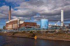 Χημικές εγκαταστάσεις εργοστασίων επεξεργασίας Στοκ Εικόνα