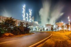 Χημικές εγκαταστάσεις πετρελαίου στοκ φωτογραφία