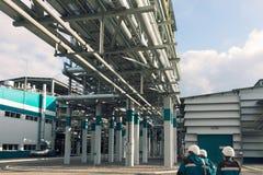Χημικό εργοστάσιο που παράγει το συνθετικό λάστιχο Στοκ εικόνες με δικαίωμα ελεύθερης χρήσης