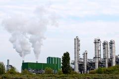 χημικό πετρέλαιο εργοστ&alp Στοκ Εικόνες