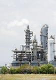 χημικό πετρέλαιο εργοστ&alp Στοκ φωτογραφίες με δικαίωμα ελεύθερης χρήσης