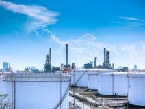 χημικό πετρέλαιο εργοστ&alp στοκ φωτογραφία