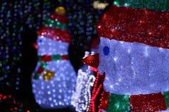 Χιονάνθρωποι στην Καμπέρρα Sids και την ελαφριά επίδειξη παιδιών Στοκ Εικόνες