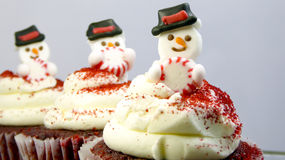 Χιονάνθρωποι cupcakes Στοκ Φωτογραφίες