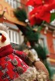 Χιονάνθρωπος που εξετάζει το Plaza στοκ φωτογραφίες