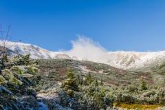 Χιονισμένη θέα βουνού Στοκ Εικόνα