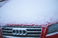 Χιονισμένη κουκούλα Audi Στοκ Φωτογραφία