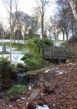 Χιονισμένο δημόσιο πάρκο Lister στο Μπράντφορντ Αγγλία Στοκ Φωτογραφία