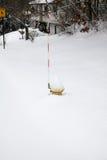 Χιονισμένο στόμιο υδροληψίας πυρκαγιάς Στοκ Εικόνες