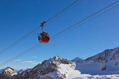 Χιονοδρομικό κέντρο βουνών - Ίνσμπρουκ Αυστρία στοκ φωτογραφίες με δικαίωμα ελεύθερης χρήσης