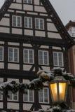 χιονοπτώσεις στην αγορά Χριστουγέννων στις 2 Δεκεμβρίου εμφάνισης στοκ εικόνες με δικαίωμα ελεύθερης χρήσης