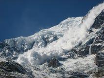 Χιονοστιβάδα από Annapurna Στοκ Φωτογραφία