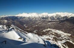 Χιονοδρομικό κέντρο Rosa Khutor Βουνά Krasnaya Polyana 2014 χειμερινός κόσμος της Ρωσίας Sochi 2018 παιχνιδιών φλυτζανιών ολυμπια Στοκ Εικόνες