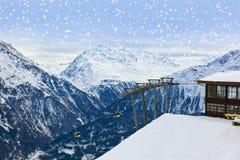 Χιονοδρομικό κέντρο Solden Αυστρία βουνών Στοκ Φωτογραφίες