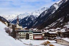 Χιονοδρομικό κέντρο Solden Αυστρία βουνών Στοκ Εικόνες